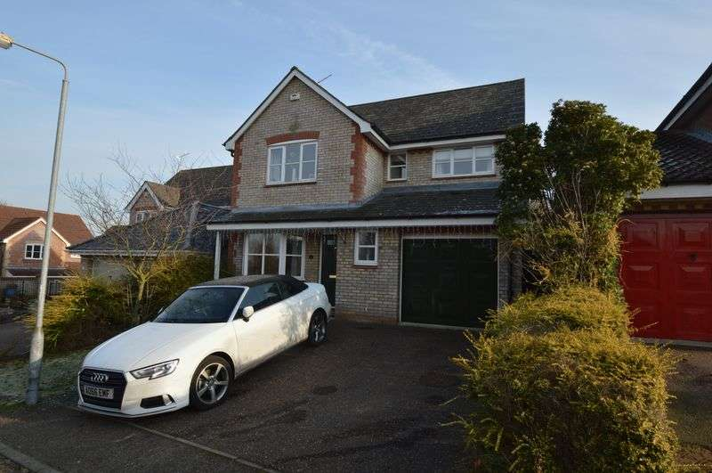 5 Bedrooms Detached House for sale in Cleves Way, Old Costessey, Norwich