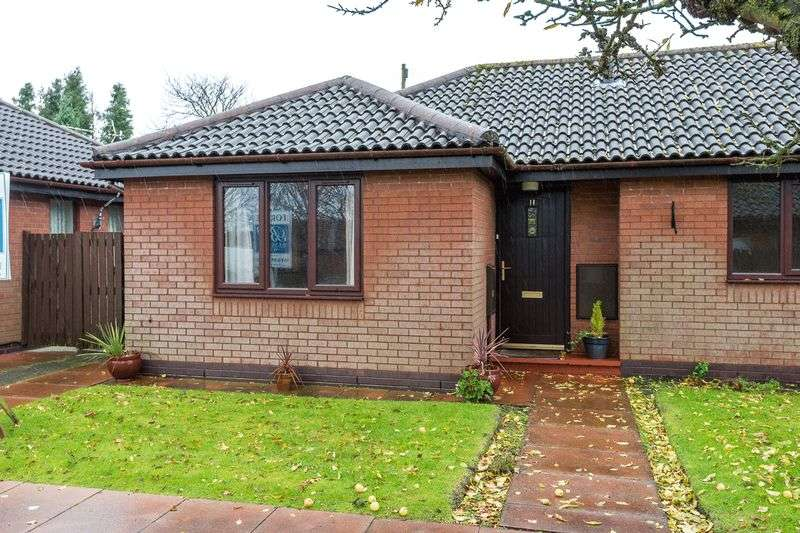 2 Bedrooms Semi Detached Bungalow for sale in Carmel Close, Aughton