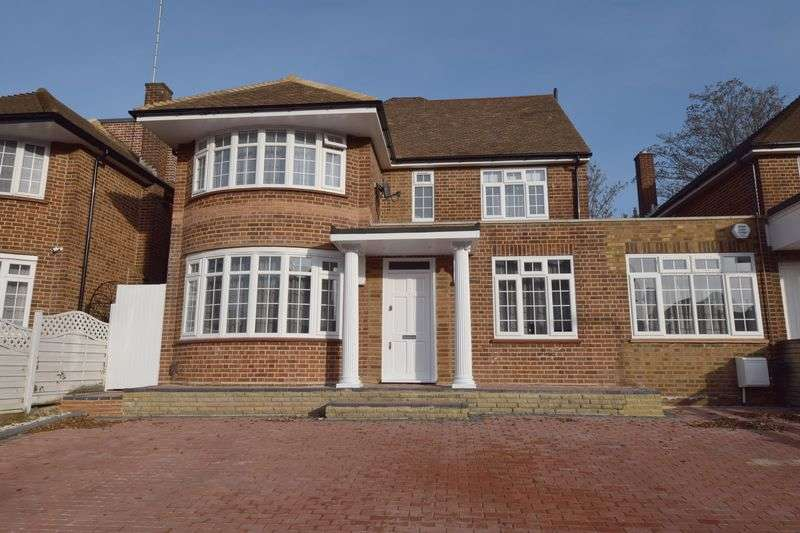 6 Bedrooms Detached House for sale in St Mary's Avenue, London, N3