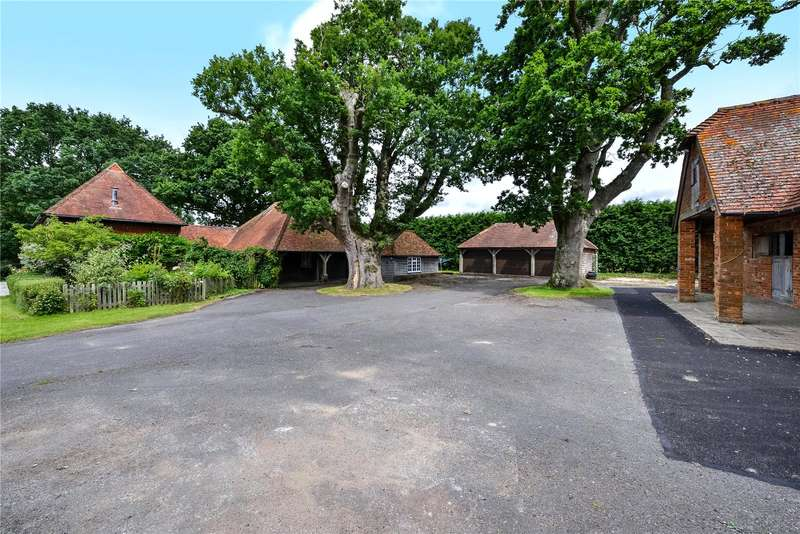 3 Bedrooms Equestrian Facility Character Property for sale in Polecat Lane, Southwater