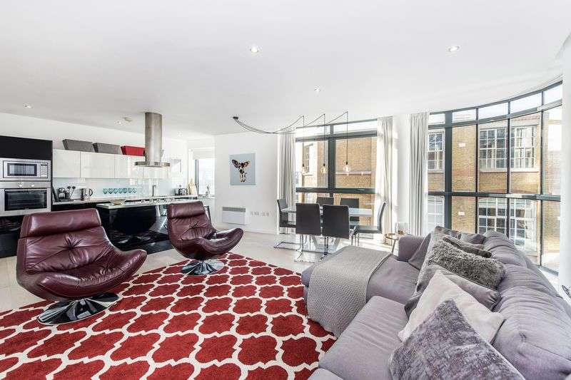 2 Bedrooms Flat for sale in America House, Keppel Row, London