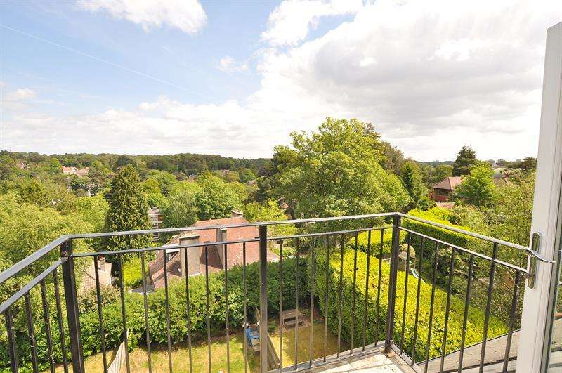 2 Bedrooms Apartment Flat for sale in 11 Nelson Road, Westbourne, Bournemouth