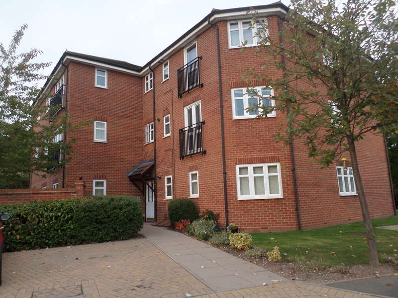 2 Bedrooms Apartment Flat for sale in Haunch Close, Kings Heath