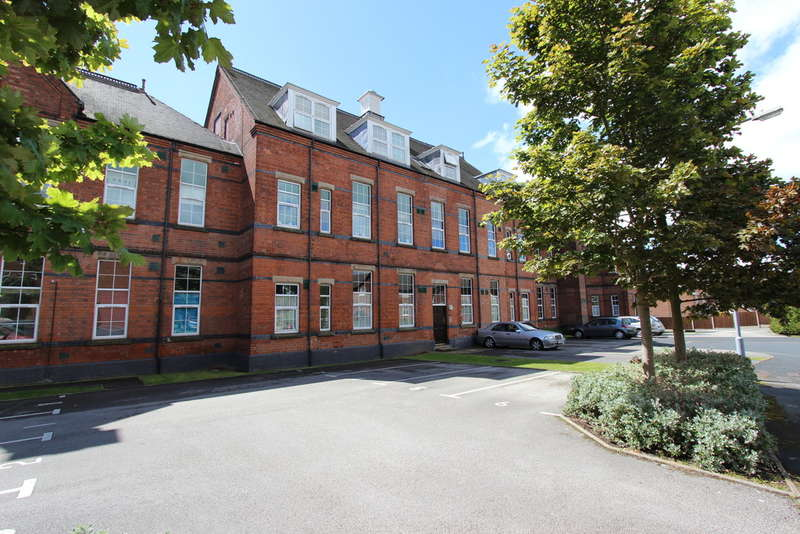 1 Bedroom Apartment Flat for sale in St Edithas Court, Tamworth
