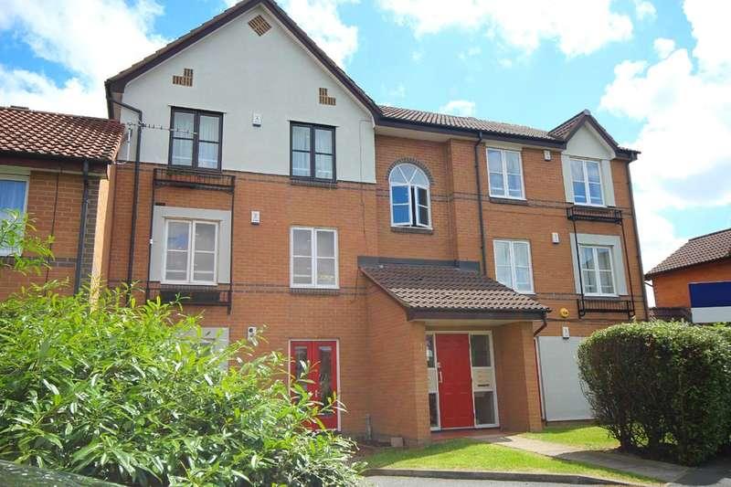 2 Bedrooms Apartment Flat for sale in Grange Close, Hunslet