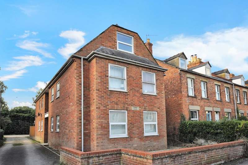 1 Bedroom Apartment Flat for sale in Watermoor Road, Cirencester