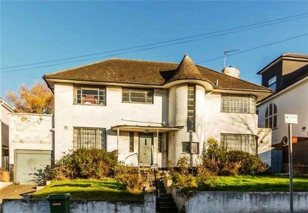 4 Bedrooms Detached House for sale in Alexander Avenue, Dobree Estate, London