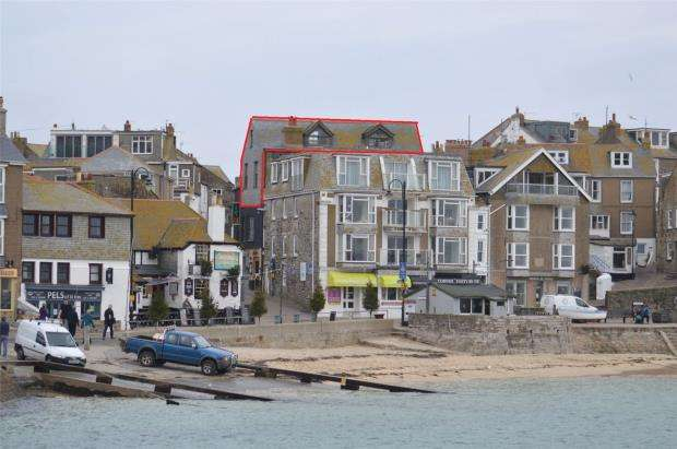 3 Bedrooms Flat for sale in Mount Zion, St Ives, Cornwall