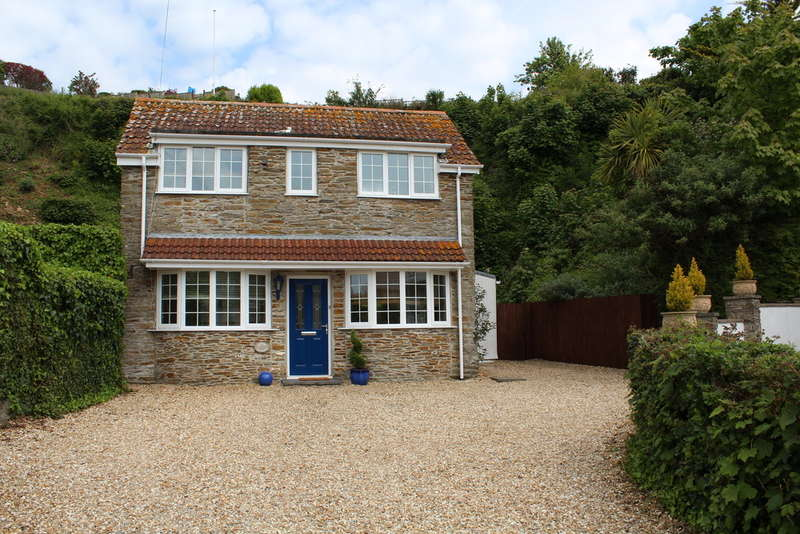 2 Bedrooms Detached House for sale in Crabshell Cottages , Kingsbridge