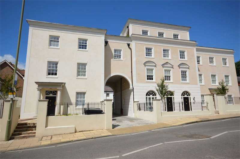 2 Bedrooms Apartment Flat for sale in 2 St Cross Road, St Cross, Winchester, SO23