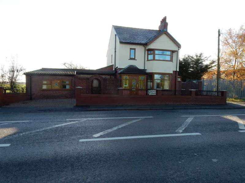 3 Bedrooms Detached House for sale in Mayfield, Reginald Road, St Helens