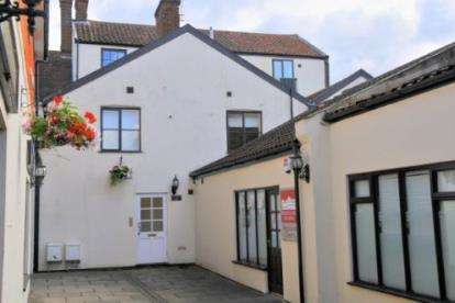 2 Bedrooms Flat for sale in Dereham, Norfolk
