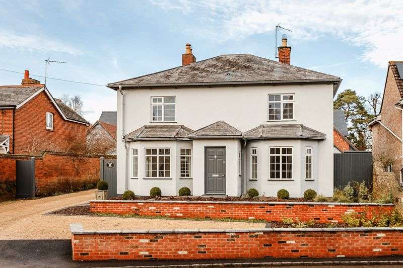 4 Bedrooms Detached House for sale in Bakehouse Lane, Marcham