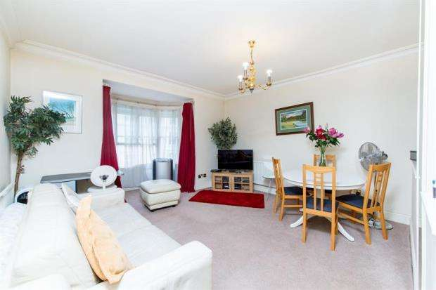 1 Bedroom Apartment Flat for sale in Gloucester Terrace, London, W2