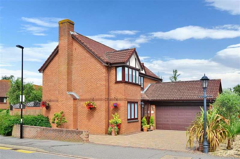 4 Bedrooms Detached House for sale in Shirley Oaks Road, Shirley Oaks Village, Surrey