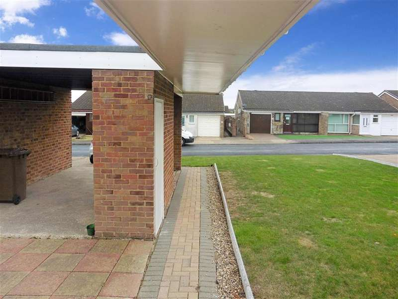3 Bedrooms Semi Detached Bungalow for sale in Thorndale Close, Chatham, Kent