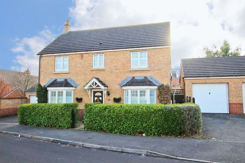 4 Bedrooms Detached House for sale in Totton
