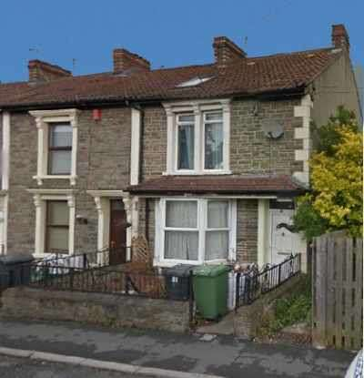 2 Bedrooms Terraced House for sale in Church Road, Bristol, Somerset, BS15 3AE