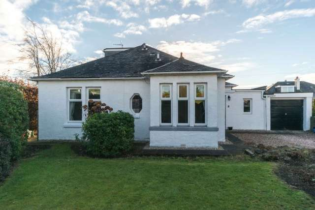 3 Bedrooms Bungalow for sale in House O'Hill Row, Blackhall, Edinburgh, EH4 2AW