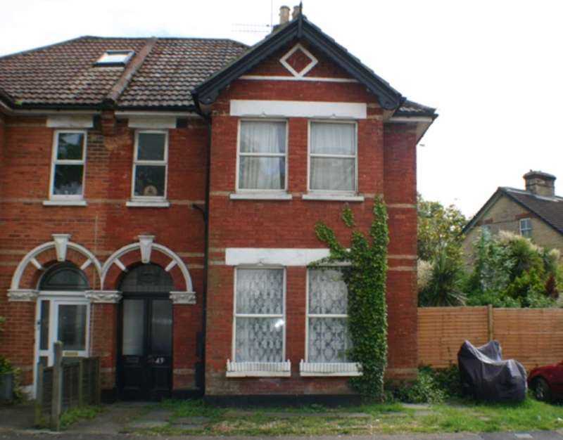 Flat for rent in Drummond Road, Bournemouth