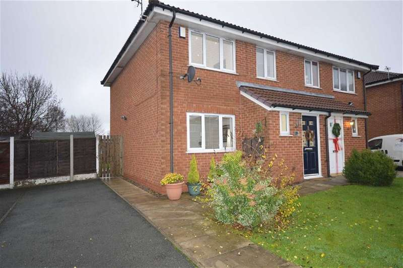 3 Bedrooms Property for sale in Rothay Close, Whitefield, Manchester