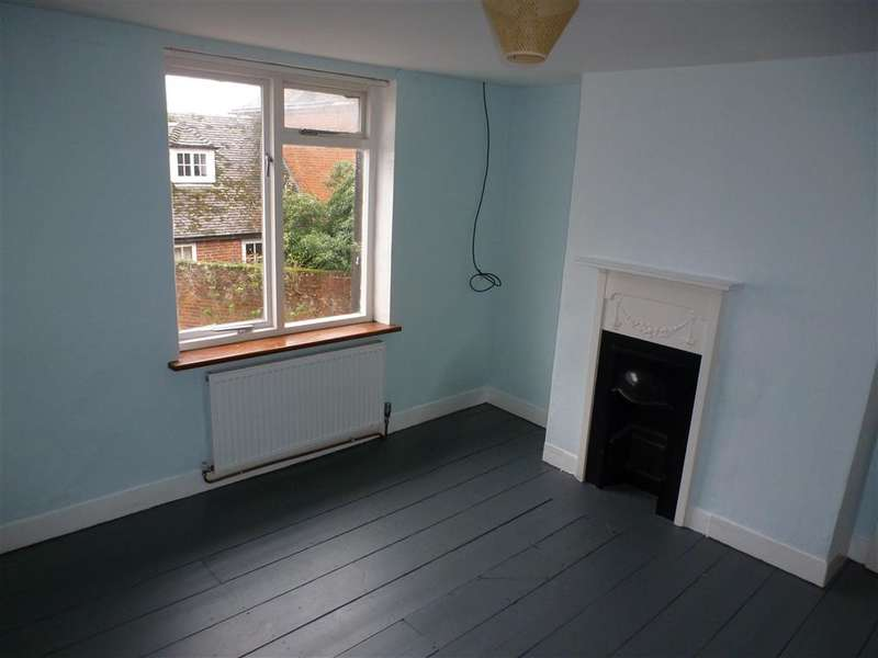 2 Bedrooms Terraced House for sale in Staple Street, Faversham, Kent