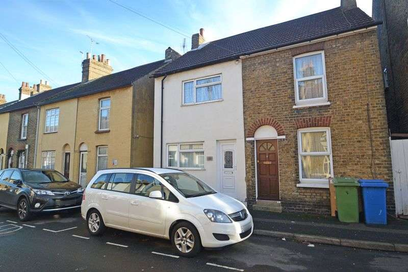 2 Bedrooms Semi Detached House for sale in William Street, Sittingbourne