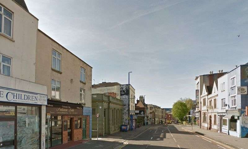 5 Bedrooms Flat for rent in Stokes Croft, Bristol
