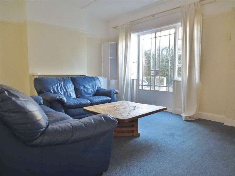 5 Bedrooms House for rent in Crayford Road, Brighton