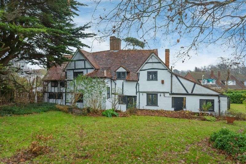 4 Bedrooms House for sale in Egerton Close, Pinner