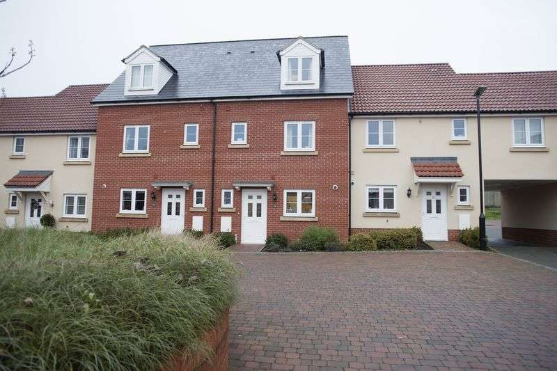 4 Bedrooms Terraced House for sale in Abbeyfields, Bury St Edmunds