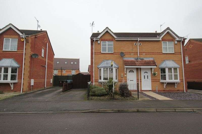 2 Bedrooms Semi Detached House for sale in Hemble Way, Kingswood