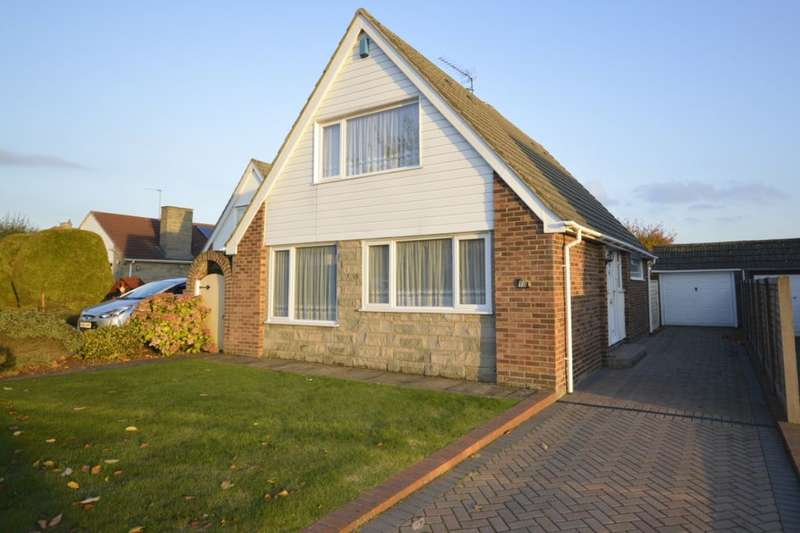 4 Bedrooms Detached House for sale in Madginford Close, Bearsted, Maidstone, ME15
