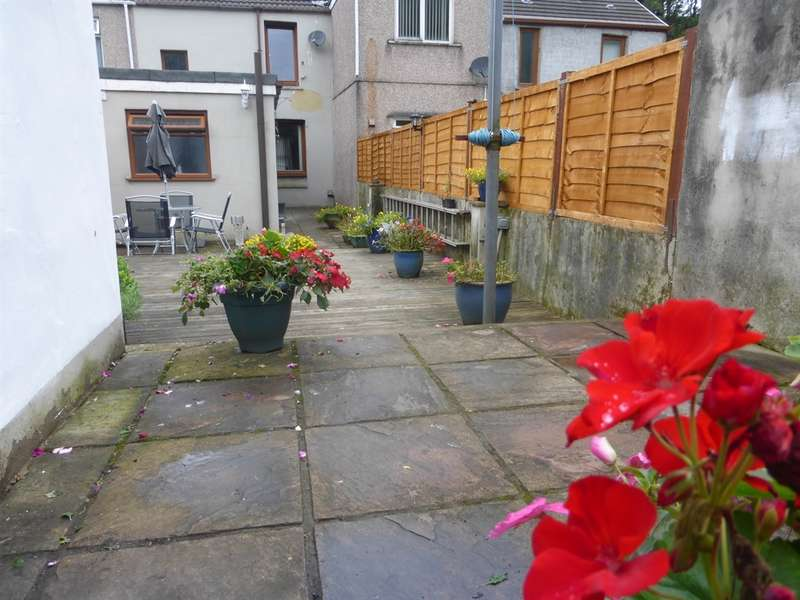 3 Bedrooms Terraced House for sale in Cyd Terrace, Clyne, Neath