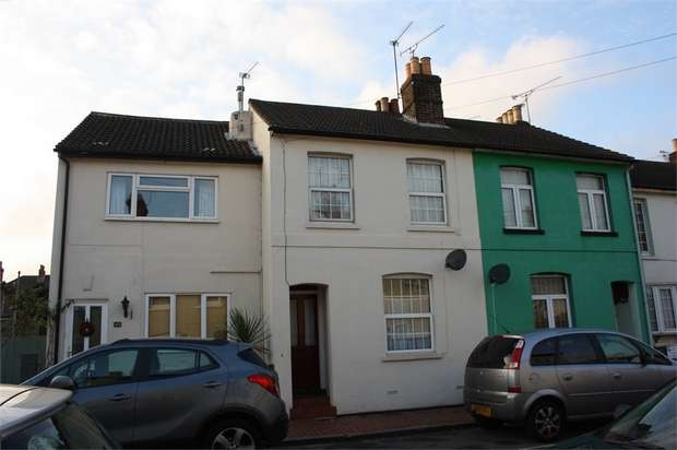 2 Bedrooms Terraced House for sale in Wolseley Road, Aldershot, Hampshire