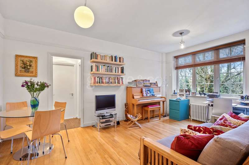 1 Bedroom Flat for sale in Cleve Road, South Hampstead, London, NW6