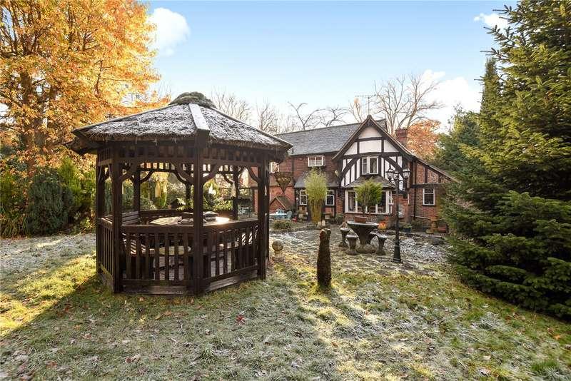 3 Bedrooms House for sale in Cannons Bridge Farm, Bury Street, Ruislip, Middlesex, HA4