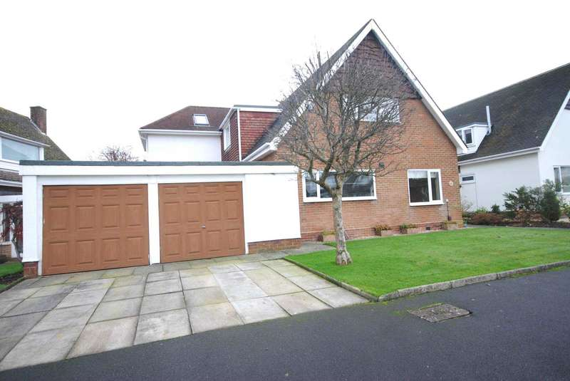 5 Bedrooms Detached House for sale in Manor Way, Wrea Green