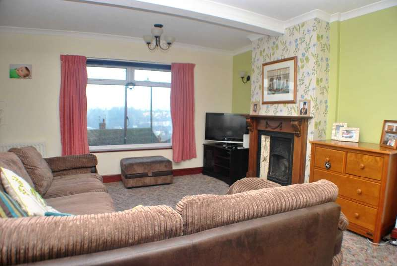 3 Bedrooms End Of Terrace House for sale in Westbury Crescent, Dover