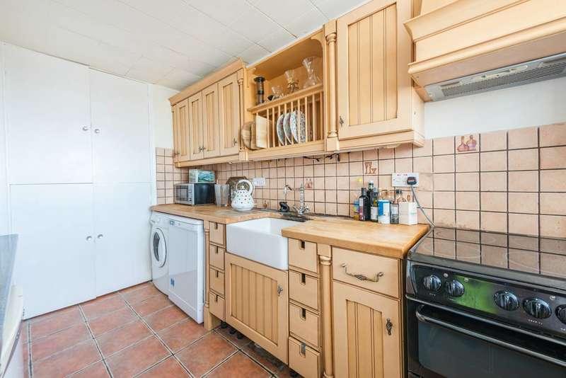 2 Bedrooms Flat for sale in Heronsforde, Ealing, W13