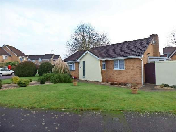 3 Bedrooms Detached Bungalow for sale in Aintree Drive, Downend, Bristol, Gloucestershire