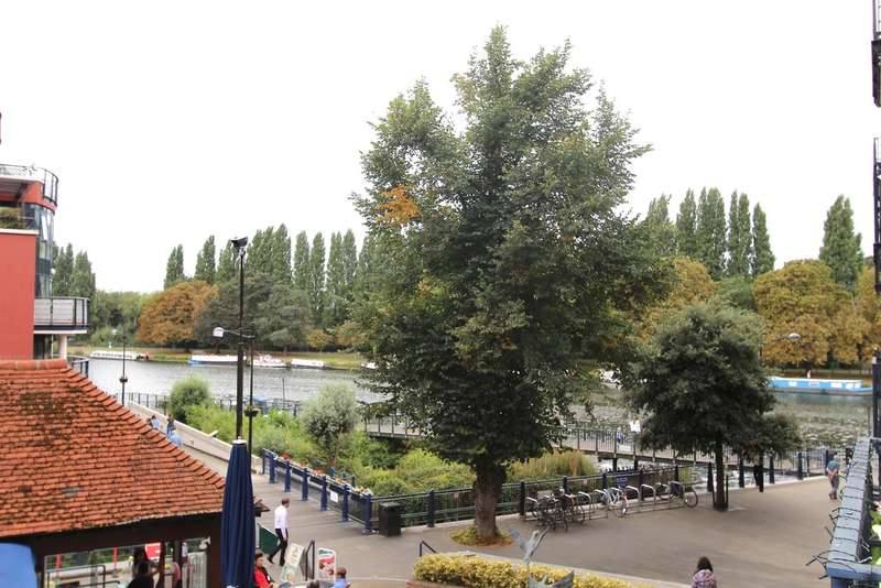 2 Bedrooms Flat for sale in Charter Quay, Kingston upon Thames