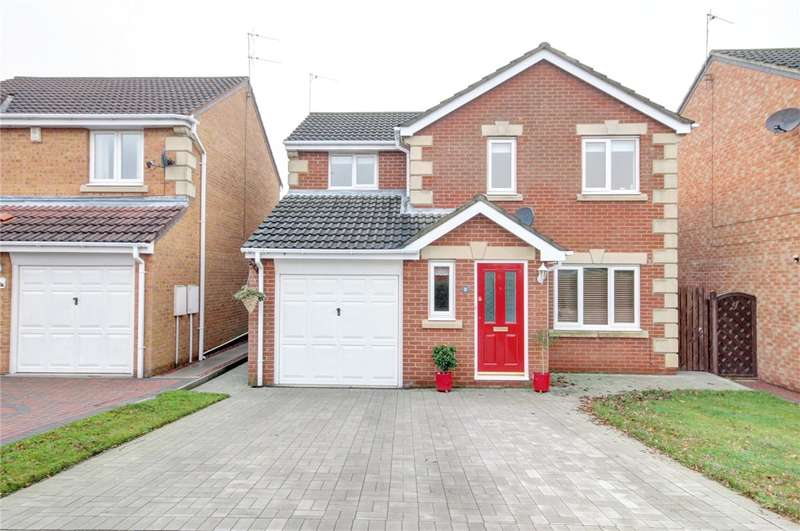 3 Bedrooms Detached House for sale in Hazelwood Court, Langley Park, Durham, DH7