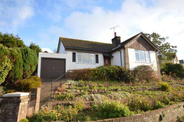 2 Bedrooms Detached Bungalow for sale in Derncleugh Gardens, Dawlish, Devon