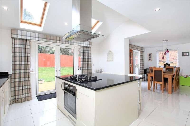4 Bedrooms Detached House for sale in Applin Road, Bishopdown, Salisbury, Wiltshire, SP1