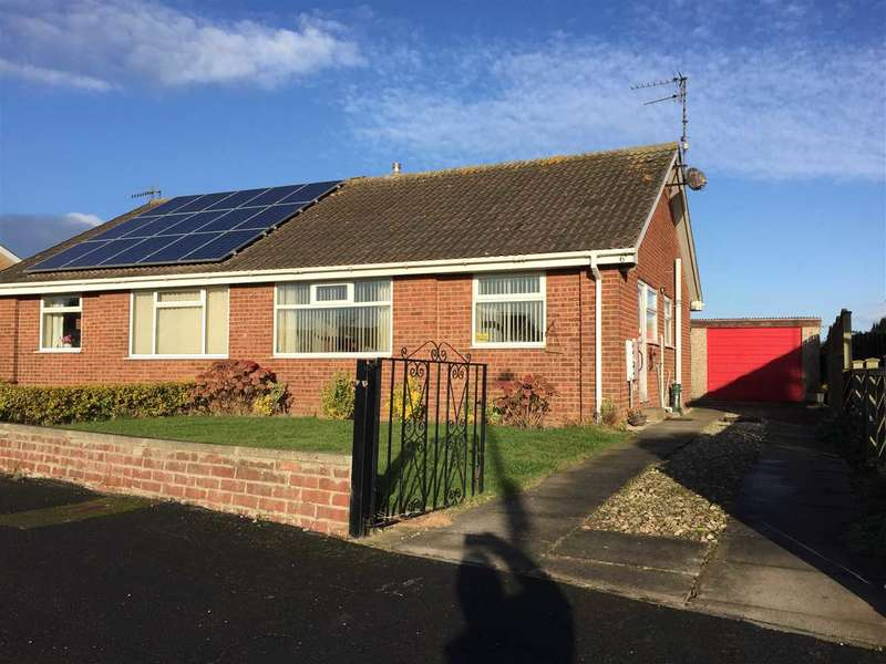 2 Bedrooms Bungalow for sale in Cherry Tree Drive, Filey