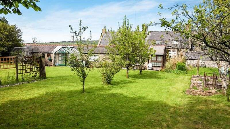 5 Bedrooms Detached House for sale in Bwlch Derwin, Garndolbenmaen