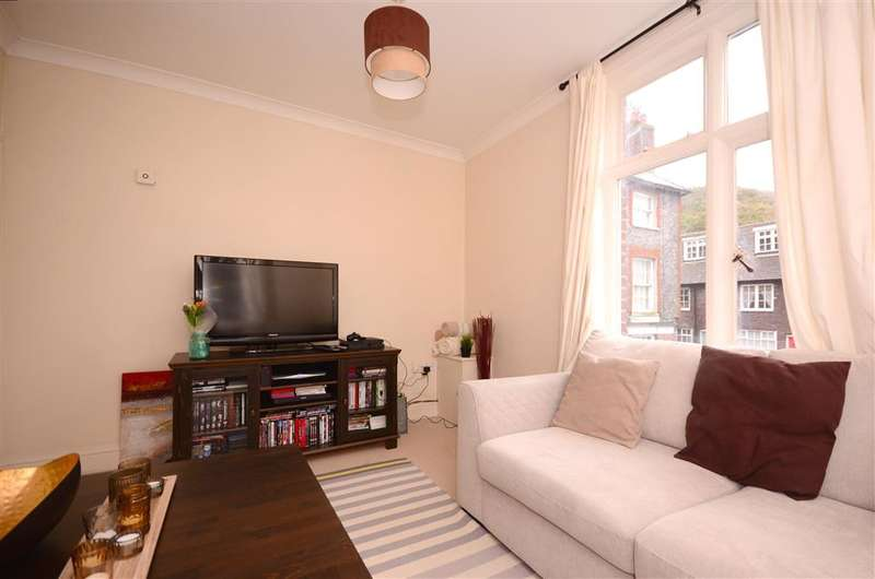 2 Bedrooms Apartment Flat for sale in West Street, Lewes, East Sussex