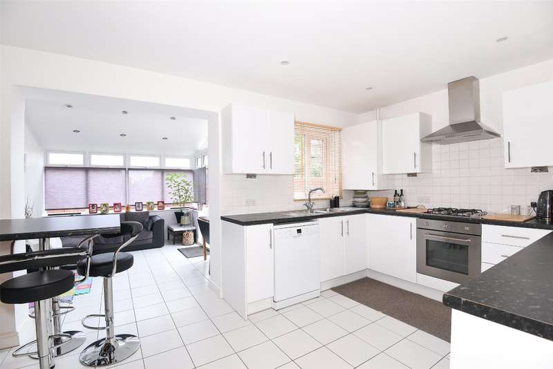 3 Bedrooms Semi Detached House for sale in Mulberry Place, Harrow, Middlesex, HA2