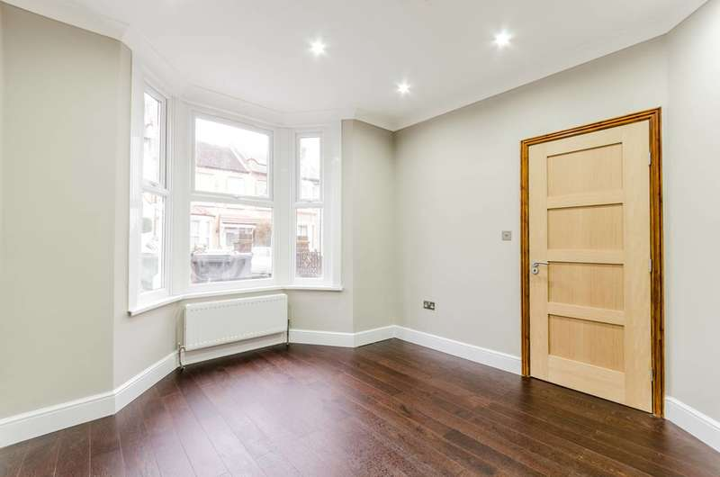 4 Bedrooms House for sale in Pearl Road, Walthamstow, E17